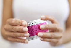 吃避孕药延迟月经参加高考 这么做可取吗?