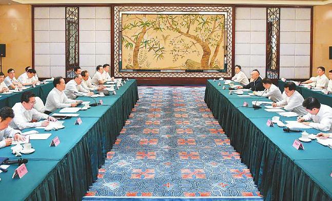 2018年浙川扶贫协作高层联席会议在成都召开