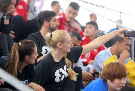 国际篮联三对三成都国际挑战赛开打