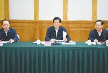 栗战书在四川检查水污染防治法实施情况