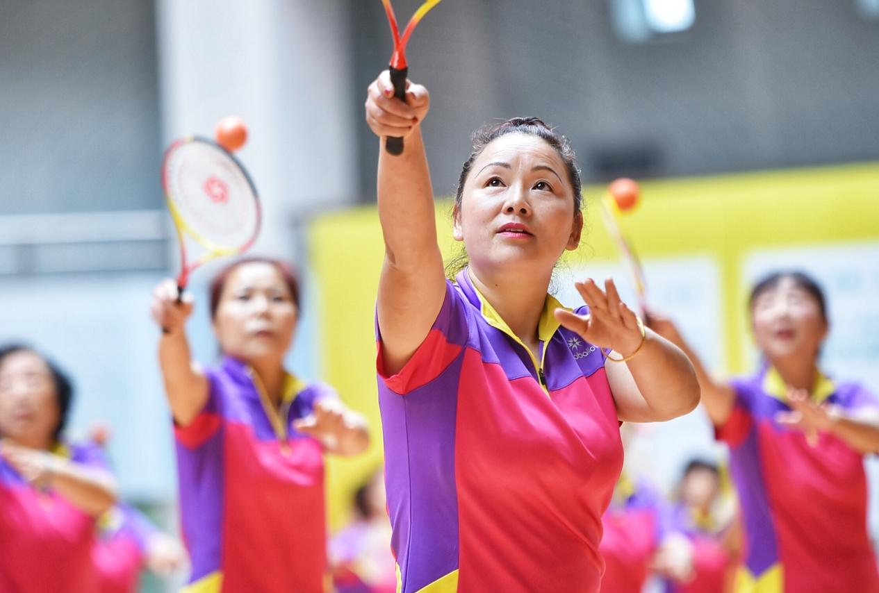 成都市第六届老年人运动会隆重开幕
