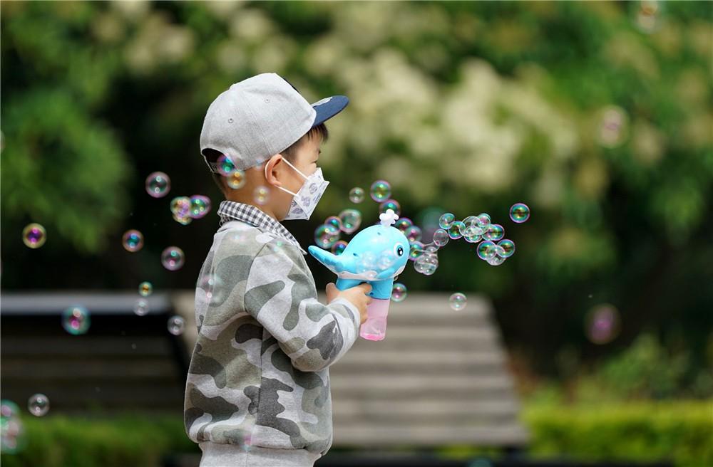 儿童戴口罩.jpg