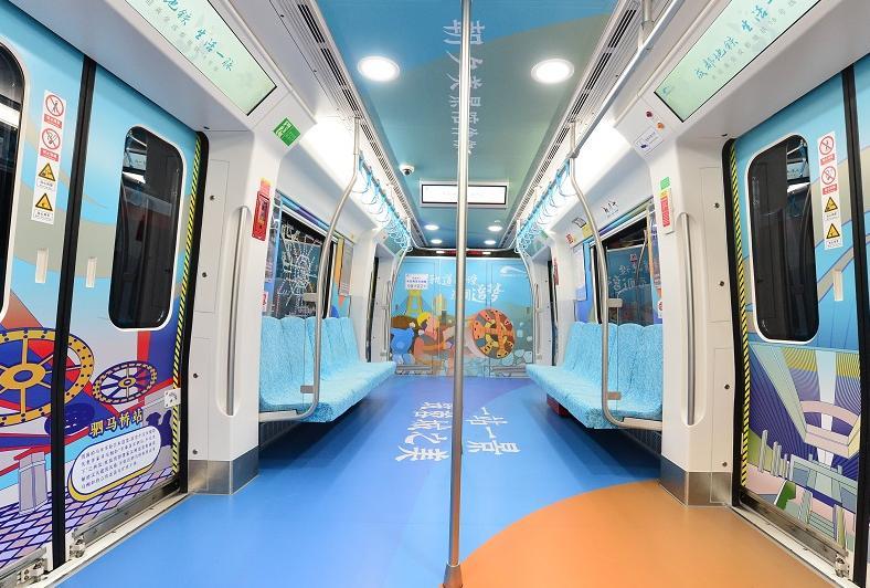 成都地铁18号线今日开通!从火车南站至三岔站票价为9元