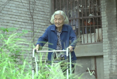 """向""""乡村学校从教30年""""张妈妈致敬!内江市西林中学退休教师""""张妈妈""""的党费"""